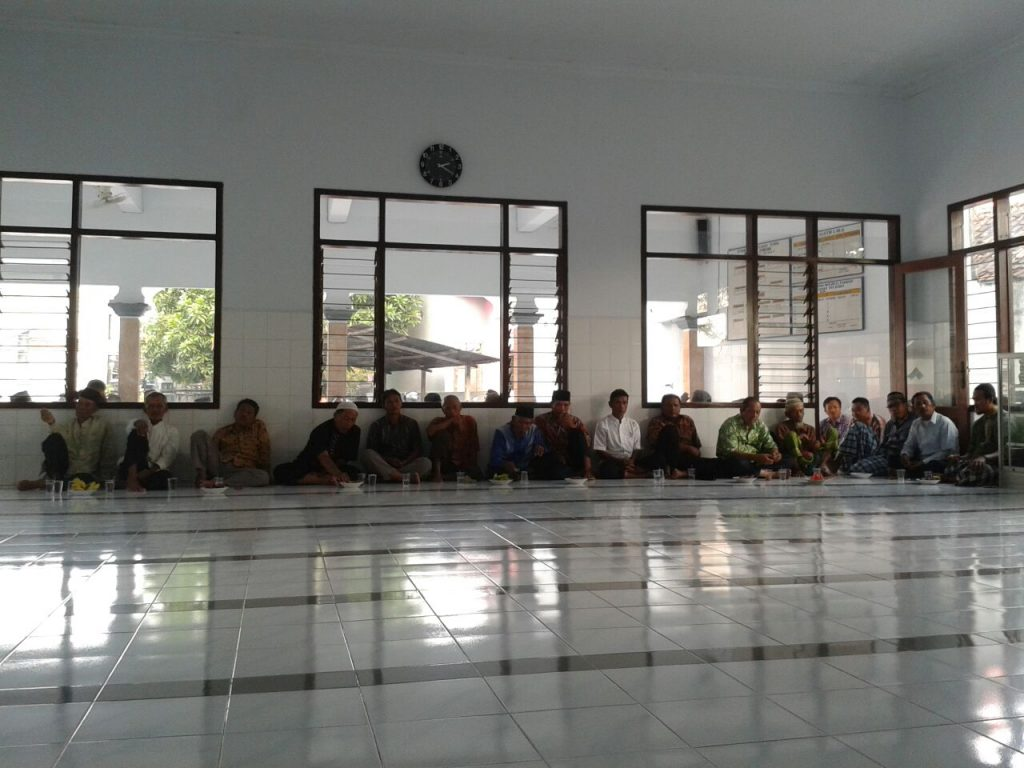 Pengajian rutin jumat kliwon majlis tabligh PCM Babat (20/5)